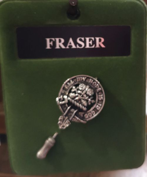 Clan lapel pin